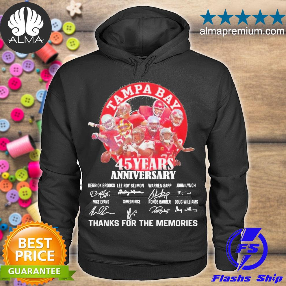 Tampa bay buccaneers 45 years anniversary thank you for the memories signatures s hoodie